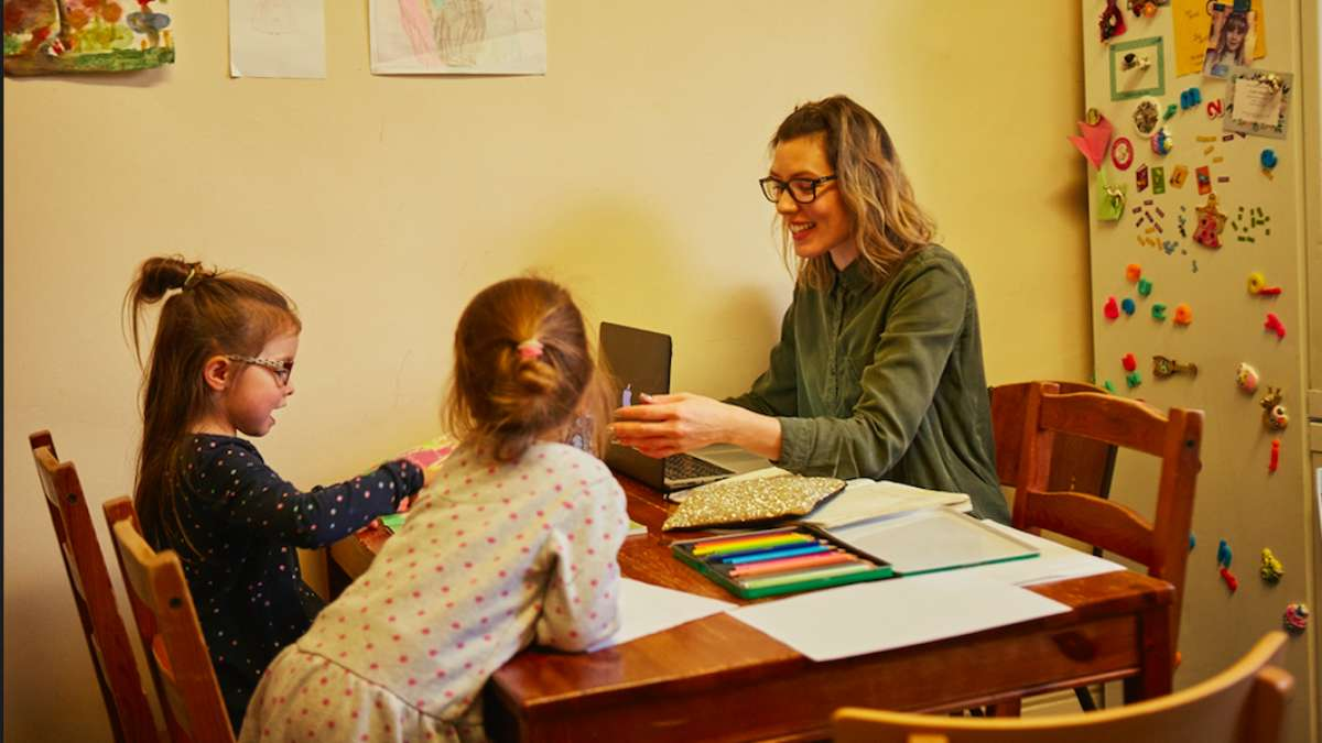 Digital Mums 8 tips for freelancing in the school holidays